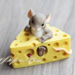 Силиконовая форма «Мышка в сыре»