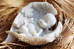 Вес готового изделия (мыла, свечи) ~80 грамм. Размеры 9*6,5*3 см Материал: мягкий, эластичный силикон