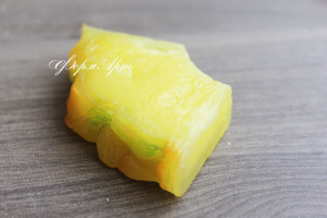Вес готового изделия (мыла, свечи) ~ 20 грамм. Размеры 6*3,5*1 см Материал: мягкий, эластичный силикон