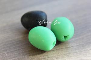 Вес готового изделия (мыла, свечи) ~ 15 грамм.  На форме 4 шт Материал: мягкий, эластичный силикон