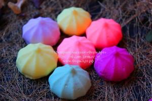 Вес готового изделия (мыла, свечи) ~10 грамм.  Материал: мягкий, эластичный силикон На форме 3 шт