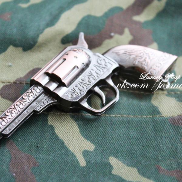 """Силиконовая форма """"Револьвер"""" 3D"""