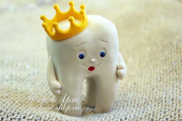 """Силиконовая форма """"Зубик с короной"""" Размеры 7,5 х 5,5 х 3,5 Вес готового мыла примерно 60-70 грамм АВТОРСКАЯ ФОРМА ТМ ФормАрт"""