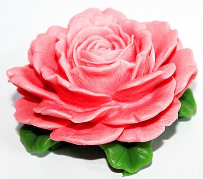 """Силиконовая форма """"Королевская роза"""" Вес примерно 200 грамм Диаметр 10 см, высота 6 см."""